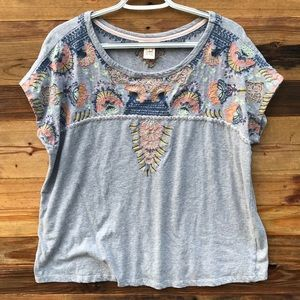 Sundance | Gray Embroidered Short Sleeve Top Large